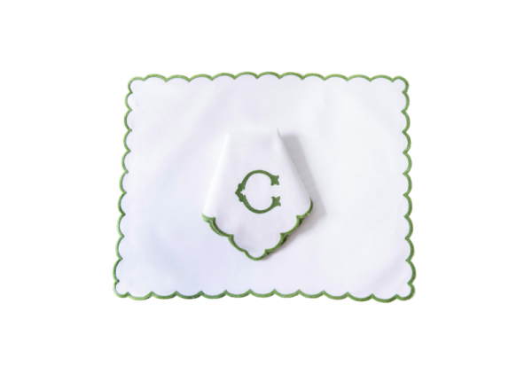 pique monograma verde